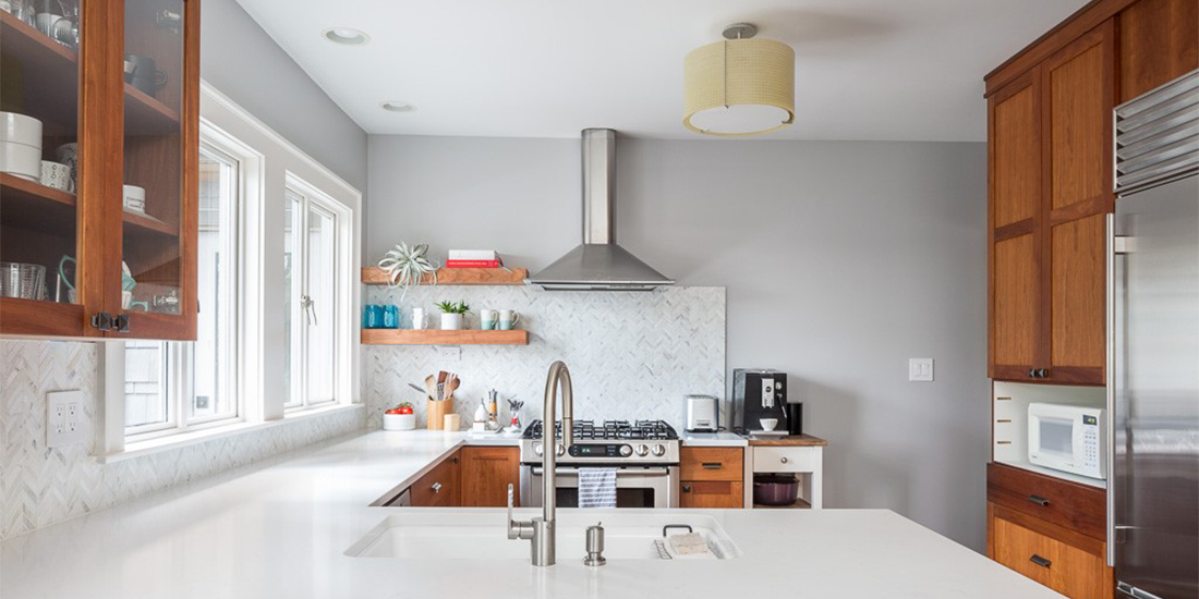Decluttered kitchen, credit Cindy Apple Photography for Model Remodel